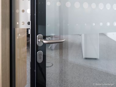 Glass Doors & Doors for Partition Systems | Lindner Group