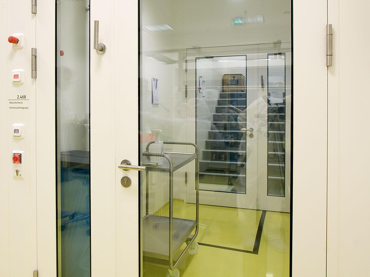 Clean Room: Hinged Doors, Double-leaf
