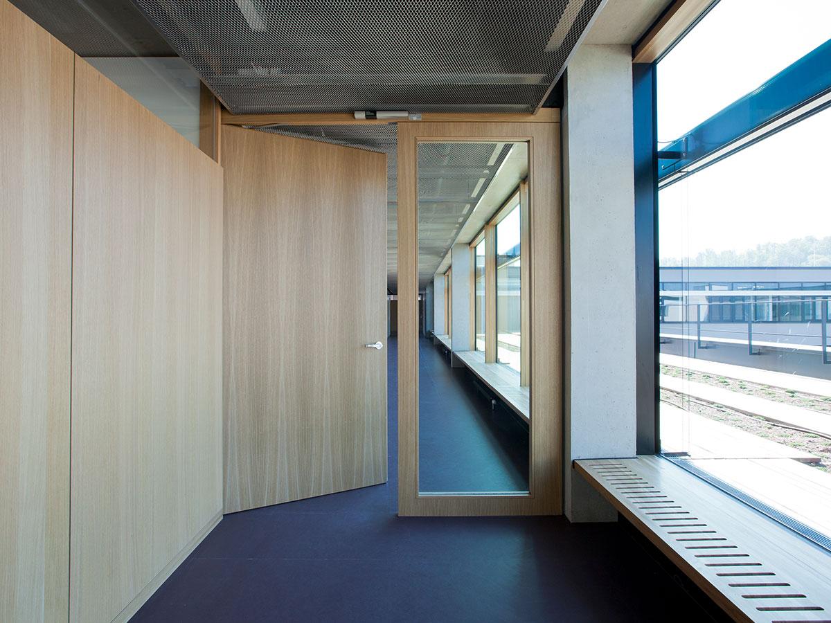 t30 rs typ i m 68 mm lindner group. Black Bedroom Furniture Sets. Home Design Ideas